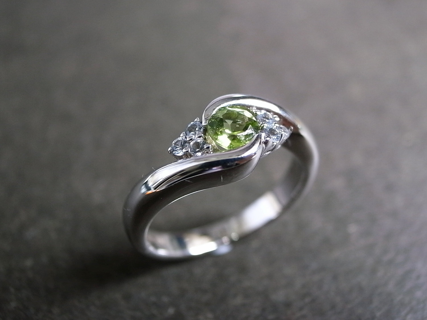 wedding ring with green sapphire in 14k white gold - Sapphire Wedding Ring